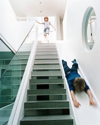 Escada divertida para crianças.