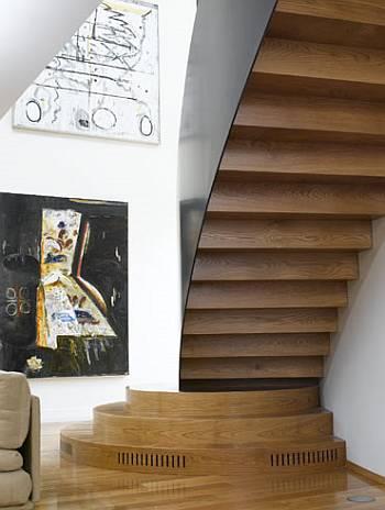 Outro angulo da escada pedestal.