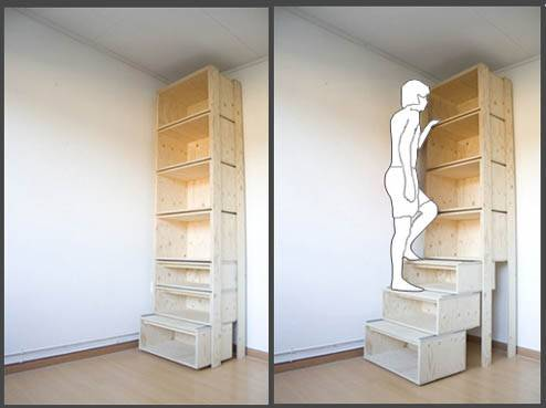 Estante que é uma escada.